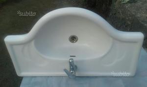 Lavabo bagno in ceramica