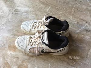 Scarpe da tennis Nike di colore bianco N. 44