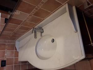 Mobile da bagno legno arte povera e marmo bianco