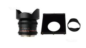 Samyang 14 mm. + holder come nuovo x Nikon