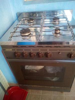 Cucina a gas quasi nuova