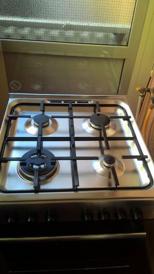 Cucina 4 fuochi forno ariston posot class - Cucina ariston 7 cuochi ...