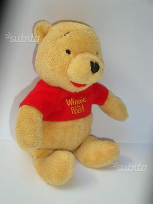 Peluche Winnie The Pooh Disney altezza cm. 20