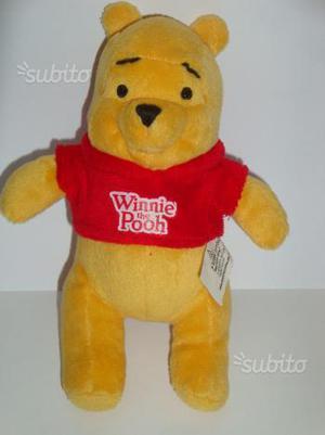 Peluche Winnie The Pooh Disney altezza cm. 21