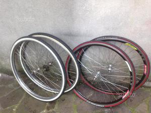 Cerchi completi bici da corsa