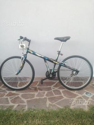 BICICLETTA Montain bike