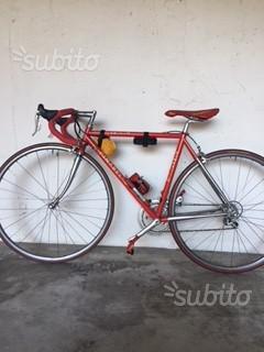 Bici da corsa Pinarello