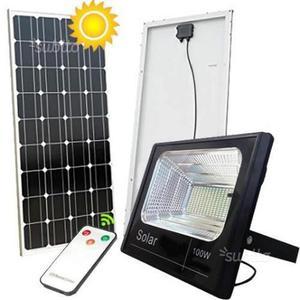 Faro a led 100 W con ricarica solare