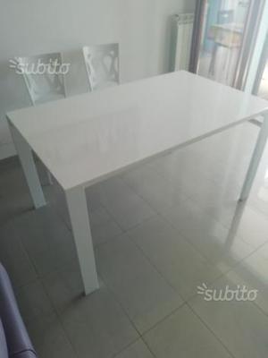 Tavolo Bianco Lucido Laccato