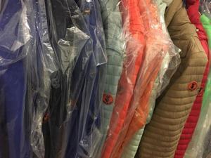 stock abbigliamento FIRMATO uomo donna