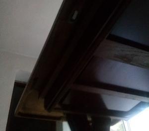 Tavolo allungabile in legno massiccio + 6 sedie