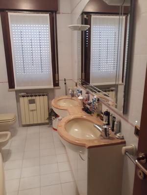 Vendo arredo bagno specchiera faretti milano posot class - Grand tour bagno ...
