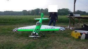 Yak 270 cm Team Orsini pronto al volo con Dle 111