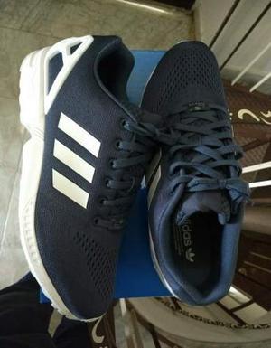 Scarpe Adidas nuove, scarpe eleganti