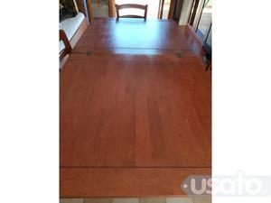Annuncio Tavolo allungabile in legno con 4 sedie
