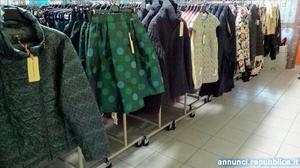 stock donna Carpi