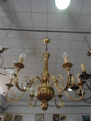 LAMPADARIO COLOR ORO