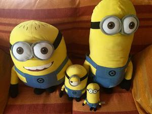 MINIONS PELUCHES