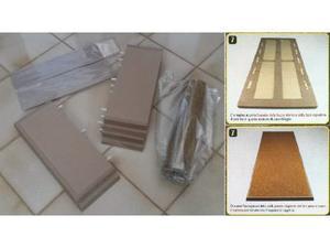 Base in legno per teca modellini 32x80