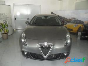 ALFA ROMEO Giulietta diesel in vendita a Castellammare di
