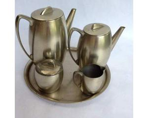 Set te' e caffè peltro argentato anni '60.