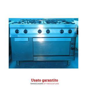 Cucina 8 fuochi zanussi a gas con doppio forno posot class for Cucina 8 fuochi zanussi