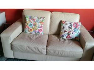 2 divani in pelle beige