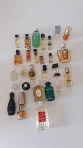 Miniature di profumo da collezione profumini