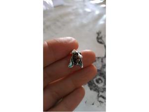 Orecchini, anelli e bracciali a forma di bassotto