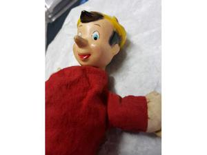 No tin toy. PINOCCHIO DISNEY handpuppet/maronetta. Anni 40