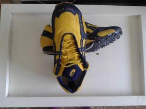 01bd5b276 Scarpe chiodate asics atletica n° 43,5 come nuove