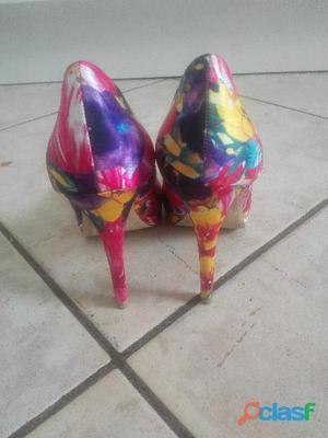 Vendo scarpe alte da donna