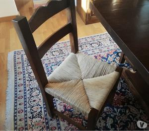 Tavolo e sedie in massello di noce