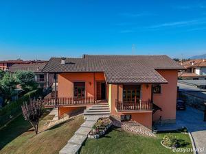 Villa 6 vani 330 mq, provincia di bergamo