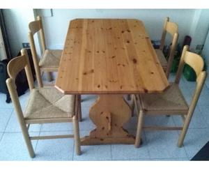Tavolo in legno pino massello + 4 sedie