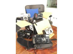 Stock di 5 macchine fotografiche vintage