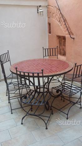 Tavolo e sedie ferro battuto