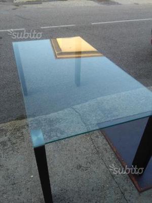 Tavolo in vetro con 6sedie