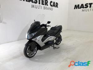 Yamaha T-Max 500 benzina in vendita a Ripalimosani