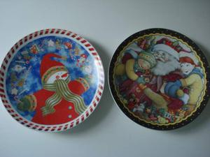 2 piatti decorativi per Natale in ceramica diametro 32 cm