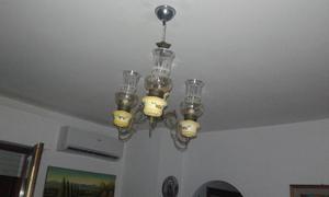 LAMPADARIO CON TRE BRACCI
