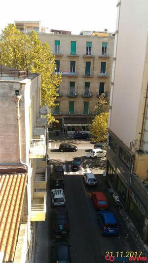 Appartamento 7 vani 180 mq, provincia di catania