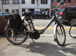 "Bici elettrica donna 24"""