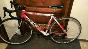 Vendo bici da corsa Viner
