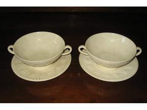 Coppia di tazzee piattini antiche. Wedgwood made in England