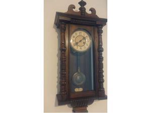 Orologio a pendolo a parete