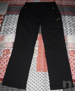Pantaloni neri nuovi da uomo marca Outdoor taglia M