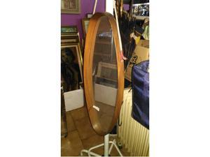 Specchio ovale in legno di Teak