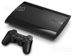 PS3 slim perfette condizioni + 10 giochi + 2 contr