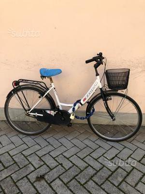 """Bici 26"""" donna comoda per la città"""